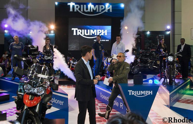 279055=10603-Triumph-Opening-LR-1-L.