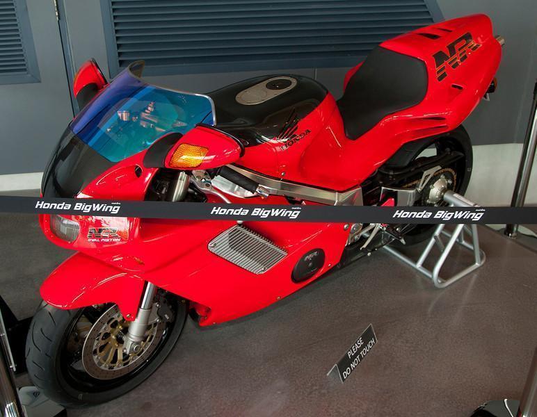 279065=10622-Honda-NR-2-L.