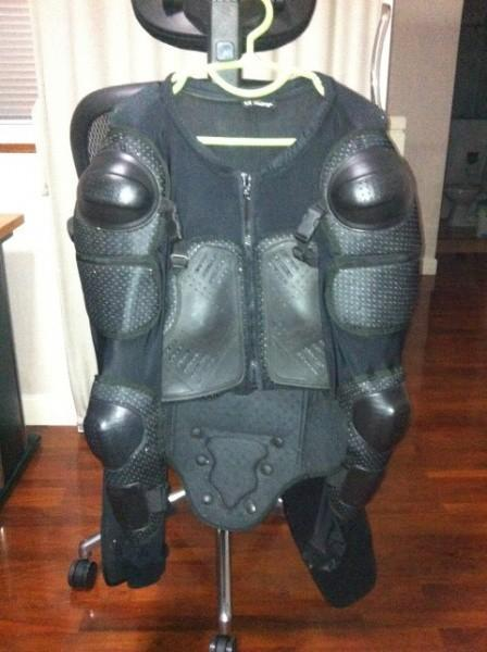 282806=12538-Body%20Armour%20Front%20A.
