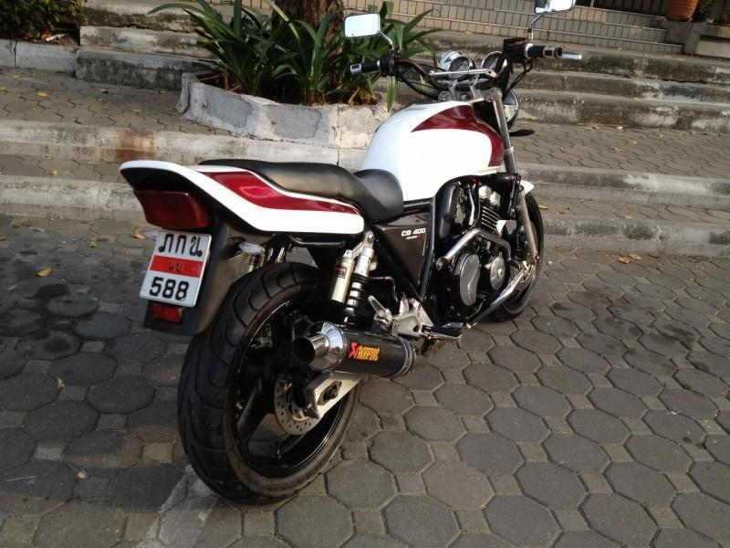 285129=13805-Honda%20CB400%20SuperFour1.