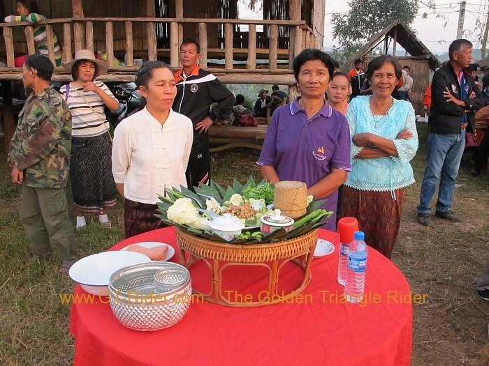 286445=14183-img_5458.jpg /The Festival of 9 tribes at Bahn Saeo/Touring Northern Thailand - Trip Reports Forum/  - Image by: