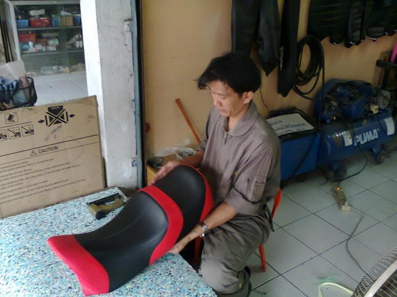 287237=14716-Photo0063.jpg /Chiang Mai Handy Motorcycle Related Shops/Northern Thailand - General Discussion Forum/  - Image by:
