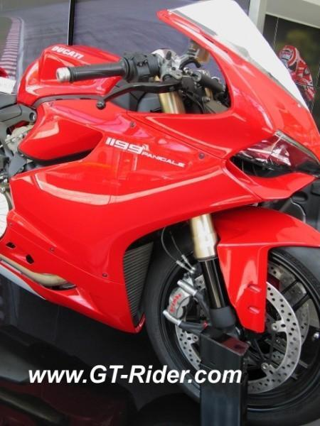 291522=16250-IMG_6266.jpg /Ducati Chiang Mai/Ducati Motorcycles in Thailand/  - Image by: