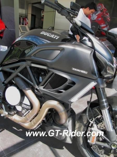 291522=16256-IMG_6267.jpg /Ducati Chiang Mai/Ducati Motorcycles in Thailand/  - Image by: