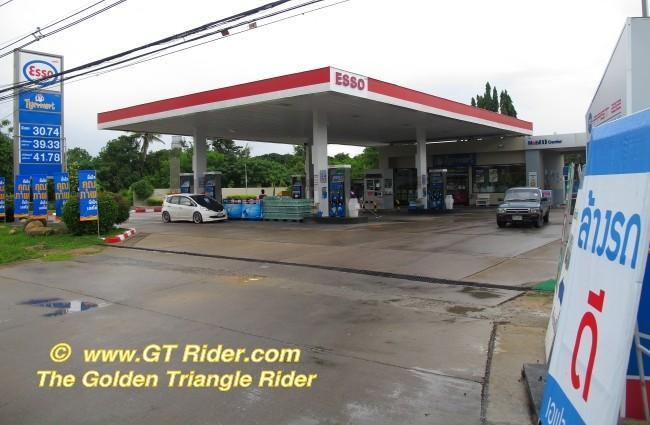 291776=16410-IMG_6491.jpg /Chiang Mai Handy Motorcycle Related Shops/Northern Thailand - General Discussion Forum/  - Image by: