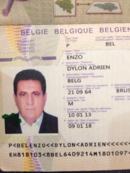 293009=16847-GTR-Passport-Thief.jpg