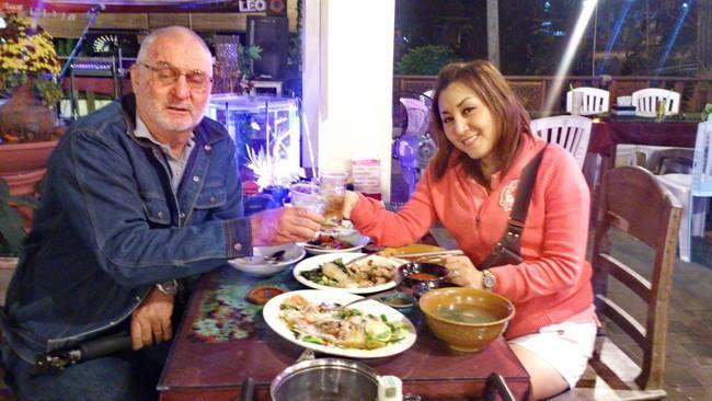 294291=17580-DSC_0296B.jpg /Mae Rim Resturants/Restaurants - North Thailand/  - Image by: