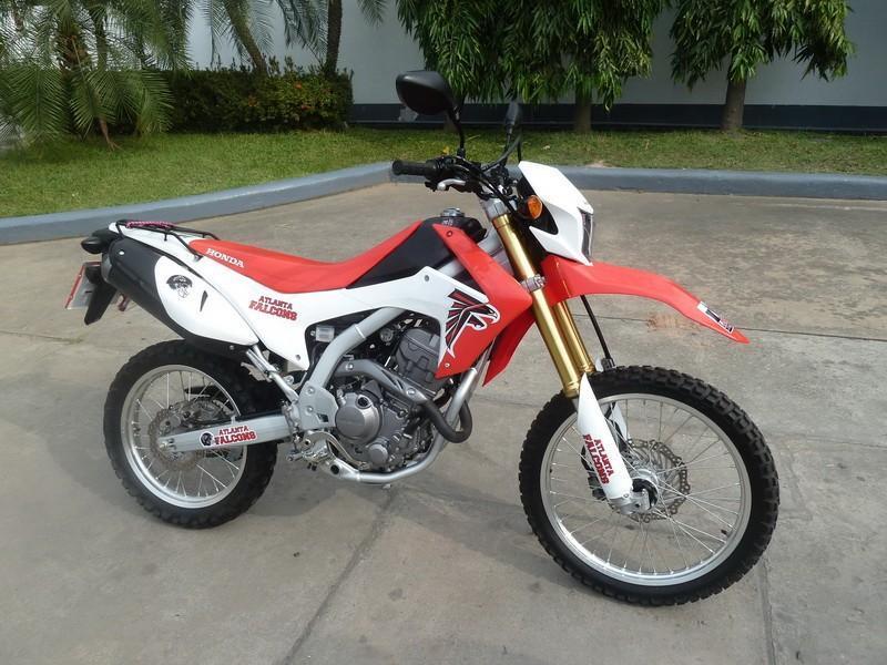 294904=17715-Honda-CRF250LD-250cc-01.