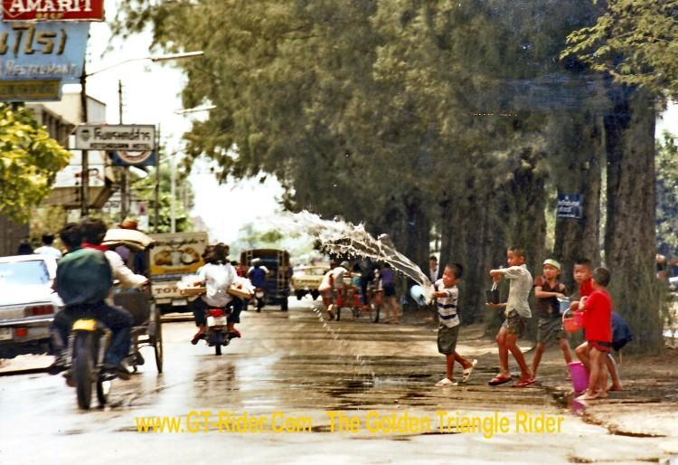 296469=18382-GTR-Cnx-Songkran1982.