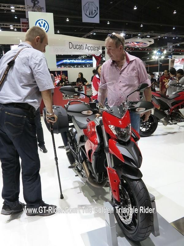 298018=18730-GTR-Ducati-BkkMotorshow-2014_02.