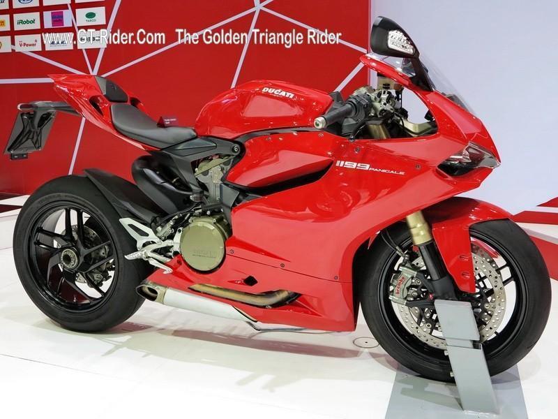 298018=18738-GTR-Ducati-BkkMotorshow-2014_10.