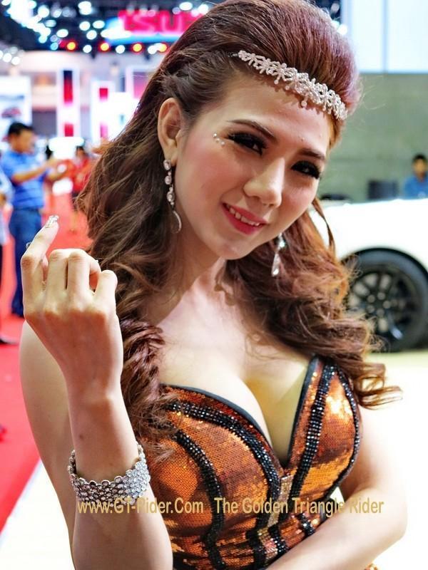 298027=18819-GTR-PGs-2014-BangkokMotorshow_06.