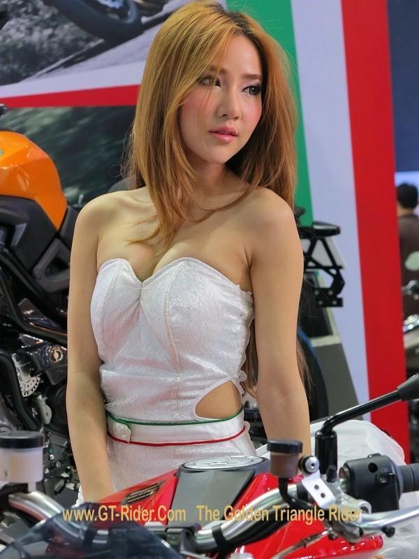 298027=18836-GTR-PGs-2014-BangkokMotorshow_26.