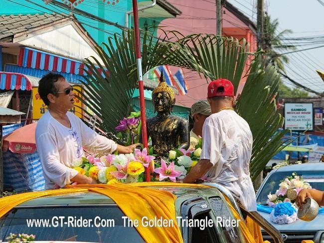 298624=18948-GTR-ChiangKhong-Songkran%2010.