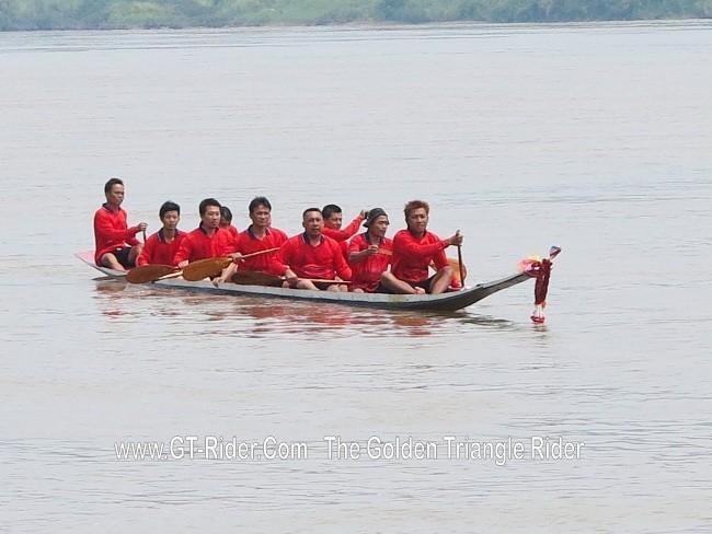 298627=18949-GTR-ChiangKhong-BoatRacing-01.