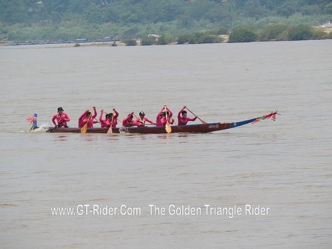 298627=18950-GTR-ChiangKhong-BoatRacing-02.