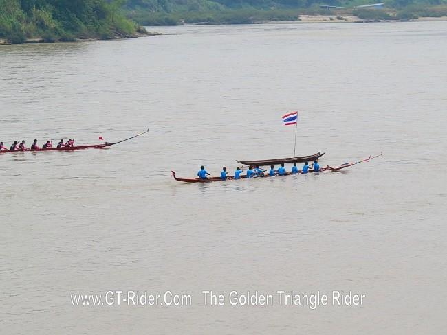 298627=18965-GTR-ChiangKhong-BoatRacing-17.