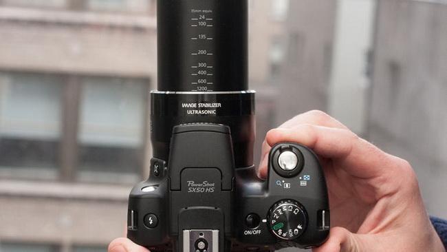 299918=19477-Canon-Powershot-SX50HS02.