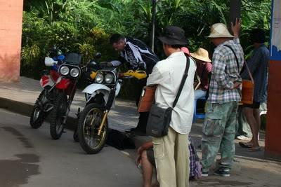 3.jpg /Our trip of February 2008 part 1/Cambodia Motorcycle Trip Report Forums/  - Image by: