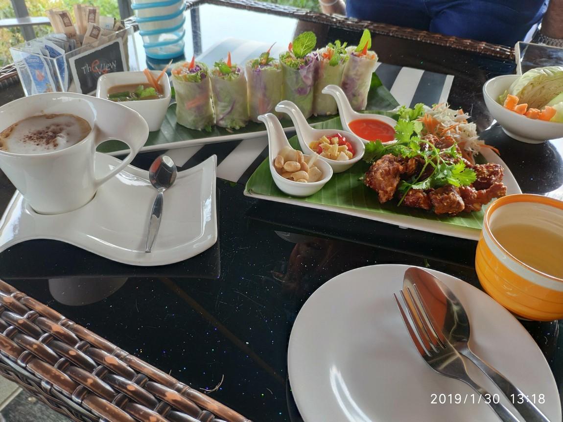 3-river-view-restaurant-chiang-khong (3).