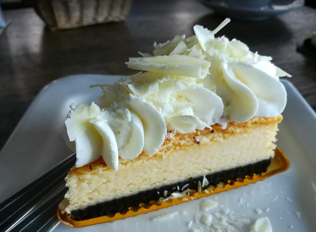 3-sweet-maesalong-cakes-3.