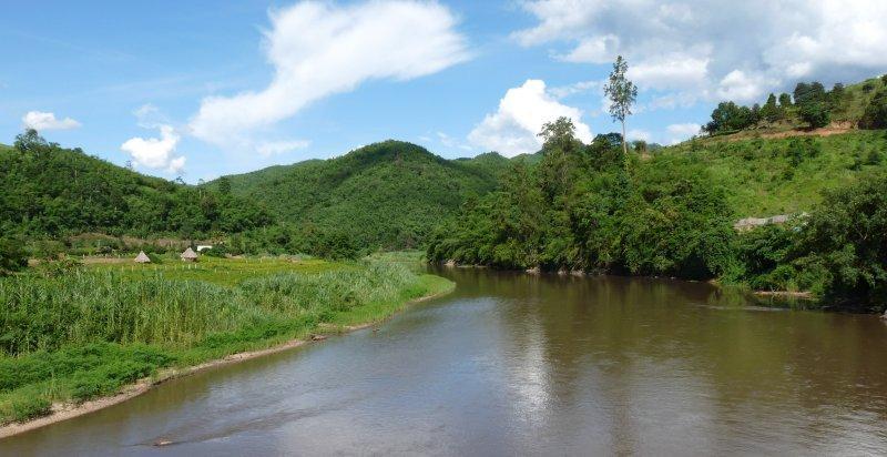 3037-kok-river-down.