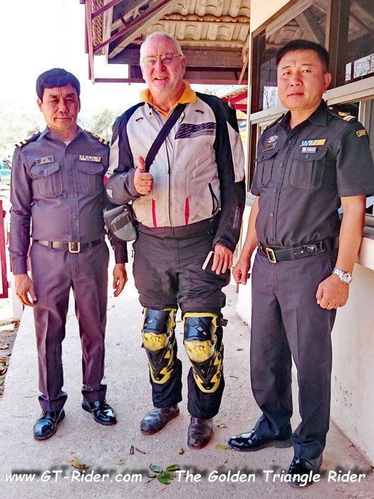 304334=22575-GTR-Laos-PhuDu-01.