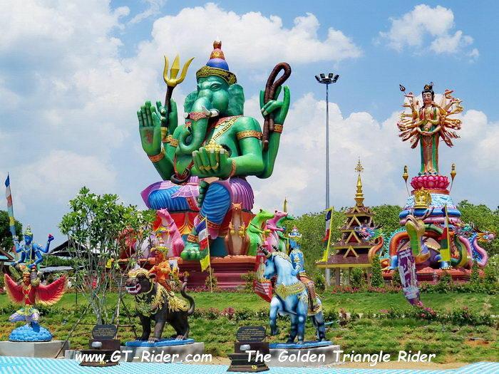 305470=22329-IMG_8316.jpg /Wat Sang Kaew Phothiyan/Touring Northern Thailand - Trip Reports Forum/  - Image by: