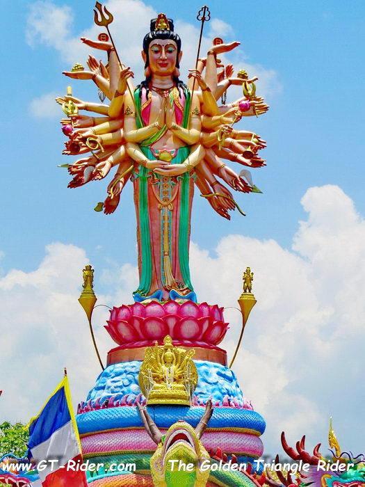 305470=22331-IMG_8222B.jpg /Wat Sang Kaew Phothiyan/Touring Northern Thailand - Trip Reports Forum/  - Image by: