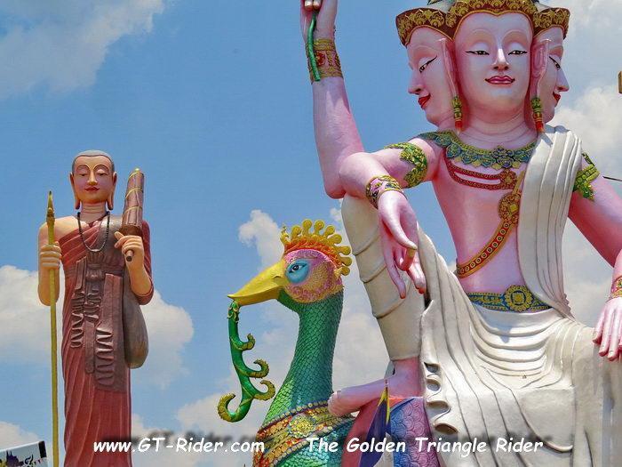 305470=22334-IMG_8244B.jpg /Wat Sang Kaew Phothiyan/Touring Northern Thailand - Trip Reports Forum/  - Image by: