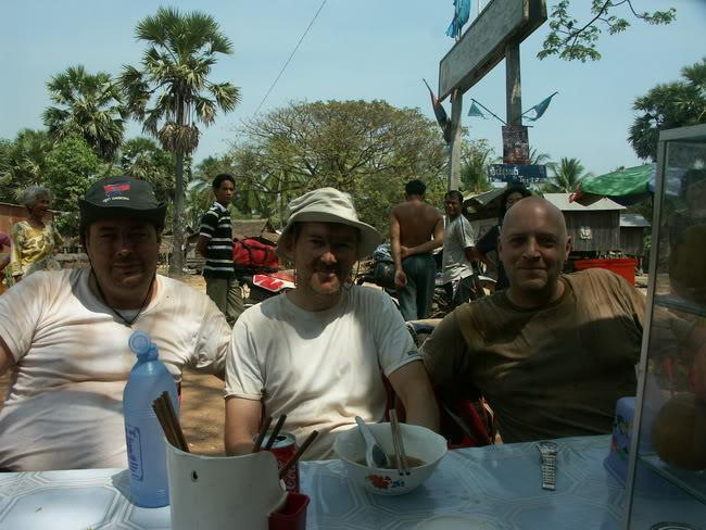 31.jpg /our trip of February 2008 (with video's this time)/Cambodia Motorcycle Trip Report Forums/  - Image by: