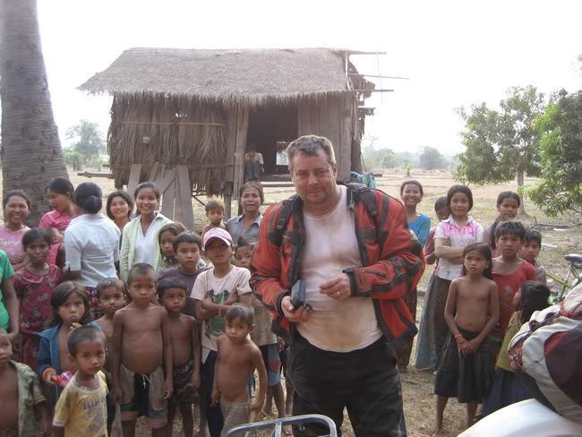 33.jpg /our trip of February 2008 (with video's this time)/Cambodia Motorcycle Trip Report Forums/  - Image by: