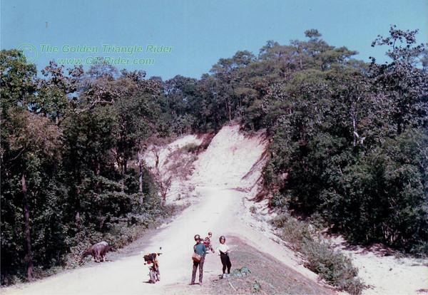 336447840_fV53s-M.jpg /On the Mae Hong Son Loop/Golden Oldies/  - Image by: