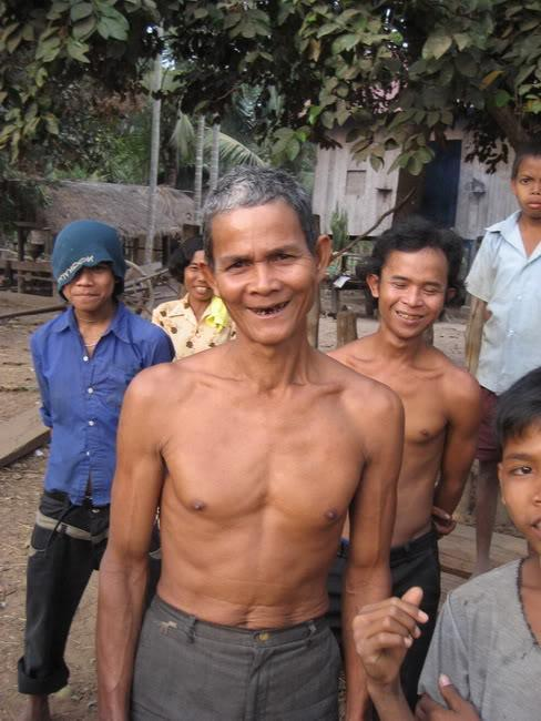 34.jpg /our trip of February 2008 (with video's this time)/Cambodia Motorcycle Trip Report Forums/  - Image by: