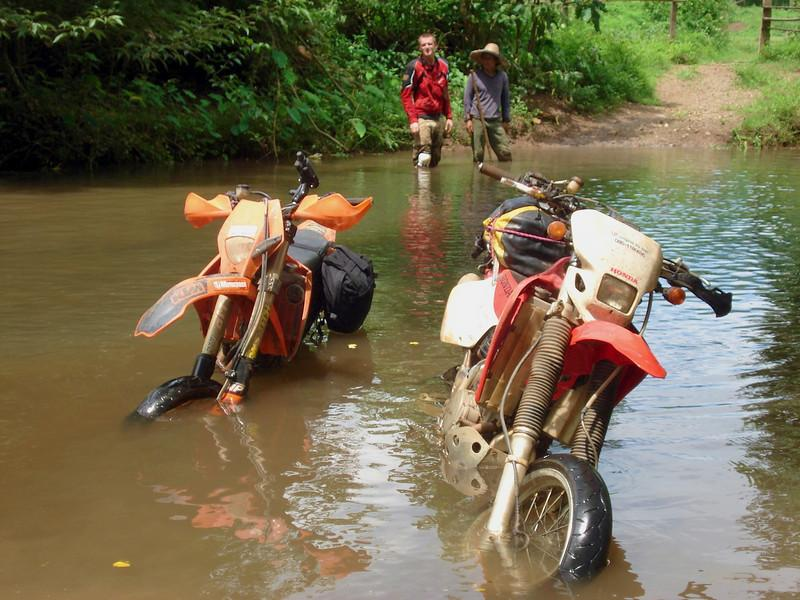 340325882_mFfoe-L.jpg /Dirty options without utilizing a Mia Noi/Touring Northern Thailand - Trip Reports Forum/  - Image by: