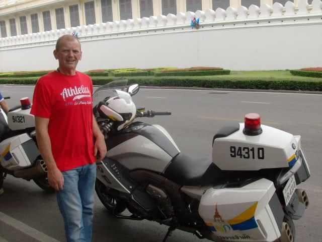 34ywr9j.jpg /Father and son from Udon to Koh chang/N.E. Thailand Motorcycle Trip Report Forums/  - Image by:
