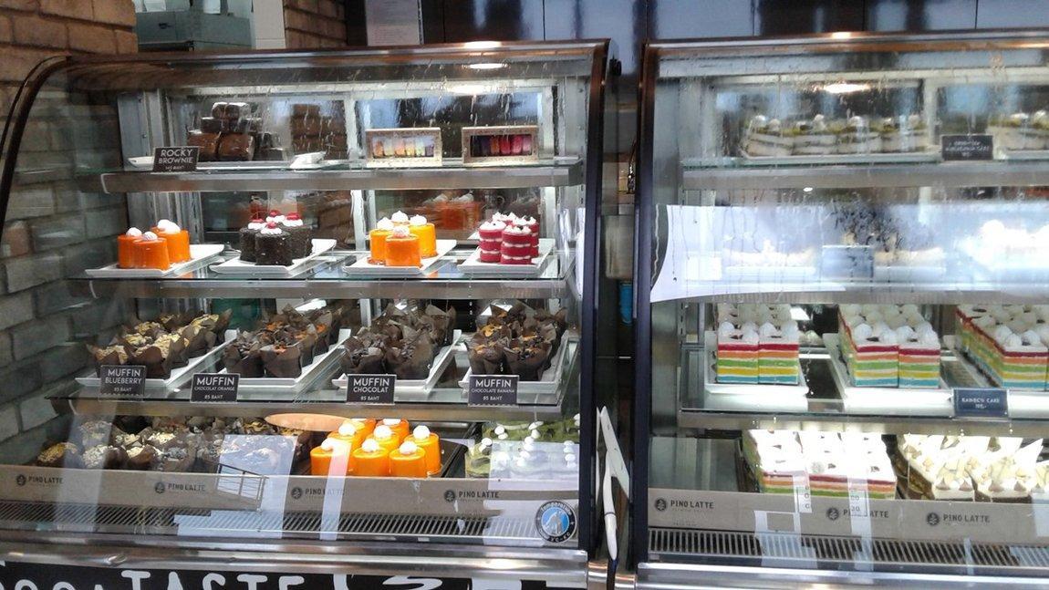 4-cakes.