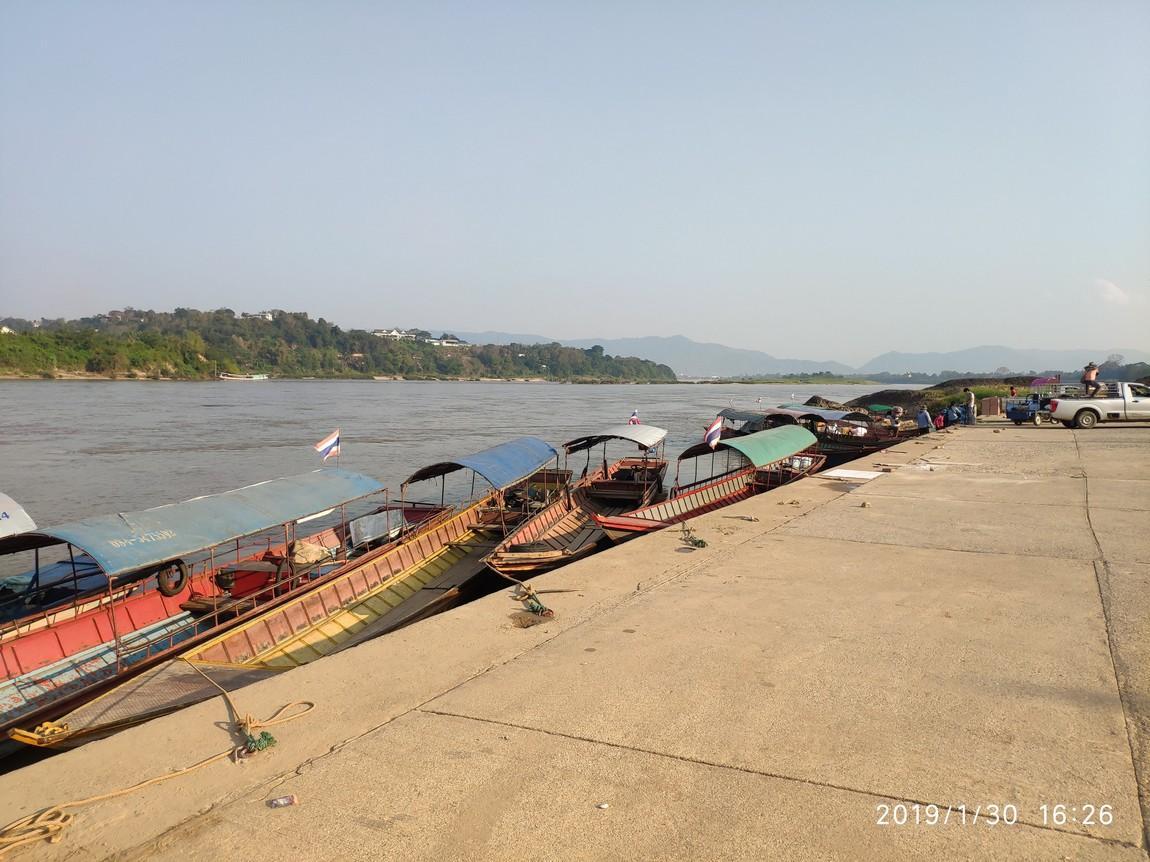 4-pier-chiang-khong (2).