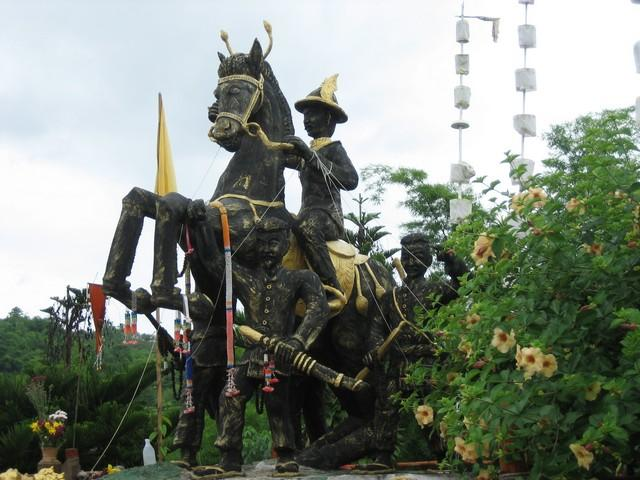 447_G.jpg /The Legend of the Golden Horse Temple/Touring Northern Thailand - Trip Reports Forum/  - Image by: