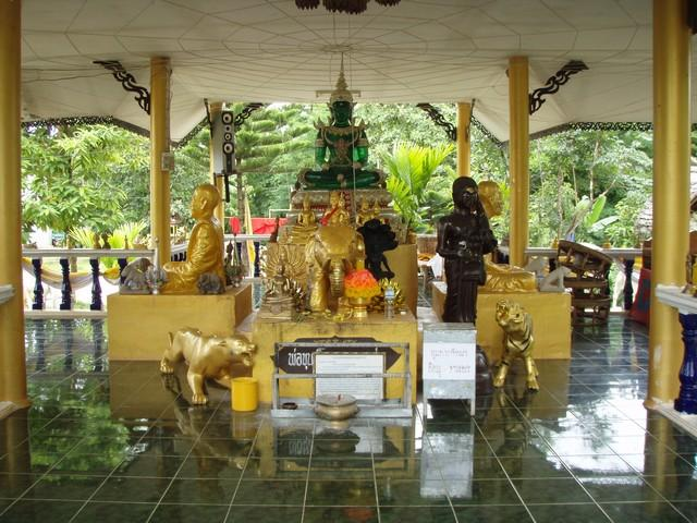 450_G.jpg /The Legend of the Golden Horse Temple/Touring Northern Thailand - Trip Reports Forum/  - Image by:
