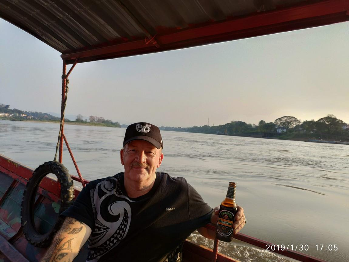 5-mekong-boat-trip (4).