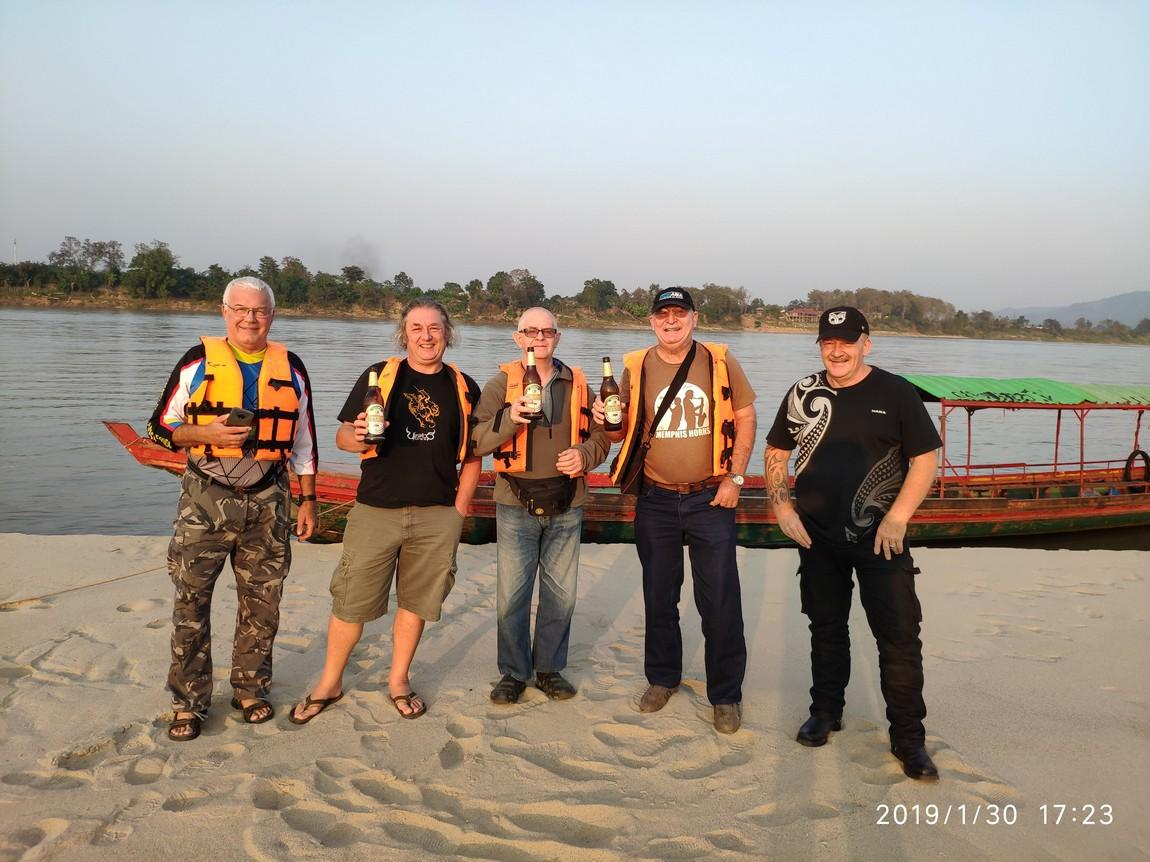 5-mekong-boat-trip (5).
