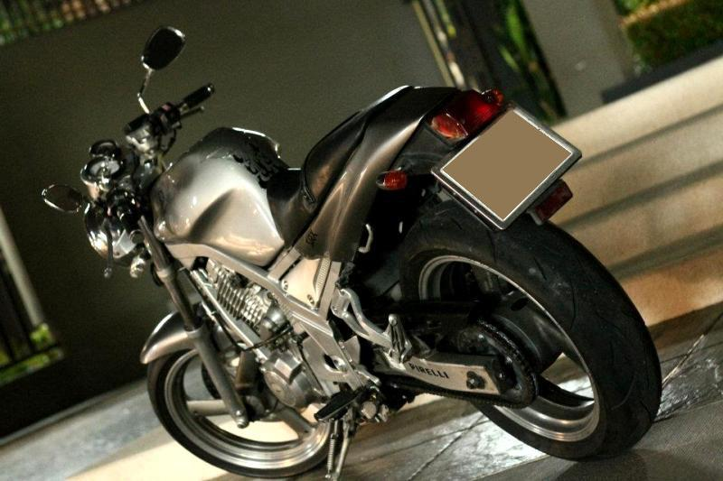 524041_10151891329290551_1375692581_n.jpg /For sell Yamaha SRX 400  year 91 Electric starter, Mono chock./Motorcycle Buy & Sell - S.E. Asia/  - Image by: