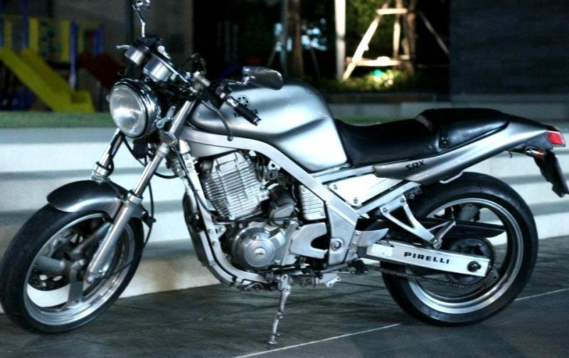 558335_10151891328555551_2128546656_n.jpg /For sell Yamaha SRX 400  year 91 Electric starter, Mono chock./Motorcycle Buy & Sell - S.E. Asia/  - Image by:
