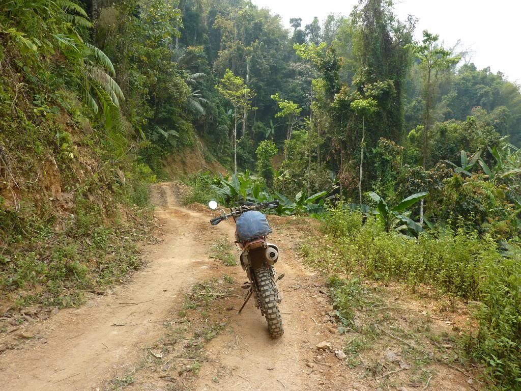 699.jpg /We could not find the New Road Xieng Dao area/Laos - General Discussion Forum/  - Image by: