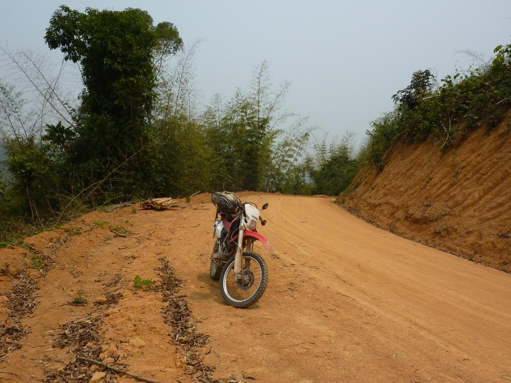 714.jpg /We could not find the New Road Xieng Dao area/Laos - General Discussion Forum/  - Image by: