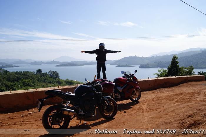 _DSC0405.jpg /::: Vietnam - ACE MTSG - Day trip to explore new roads/Vietnam - Motorcycle Trip Report Forums/  - Image by: