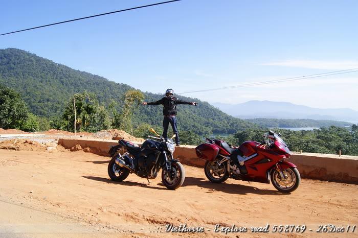 _DSC0407.jpg /::: Vietnam - ACE MTSG - Day trip to explore new roads/Vietnam - Motorcycle Trip Report Forums/  - Image by: