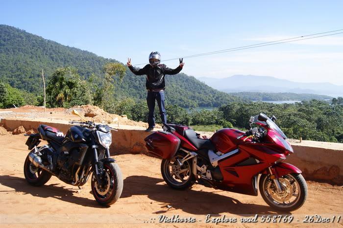 _DSC0409.jpg /::: Vietnam - ACE MTSG - Day trip to explore new roads/Vietnam - Motorcycle Trip Report Forums/  - Image by: