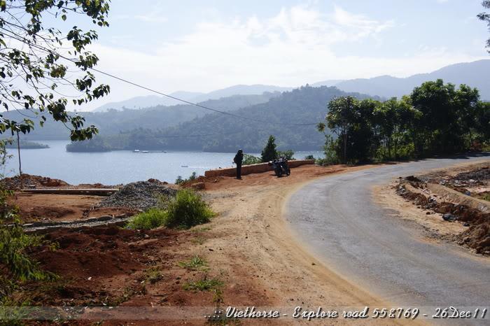 _DSC0417.jpg /::: Vietnam - ACE MTSG - Day trip to explore new roads/Vietnam - Motorcycle Trip Report Forums/  - Image by: